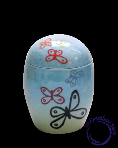 Baby urn met vlinders