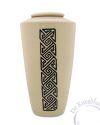 AKUV urn met Keltische band