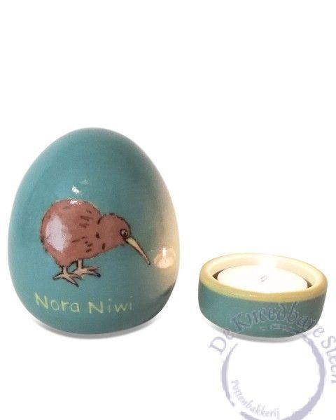 Prematuur urn voor Nora Niwi